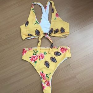 Floral Thong Bikini Set - Never Worn